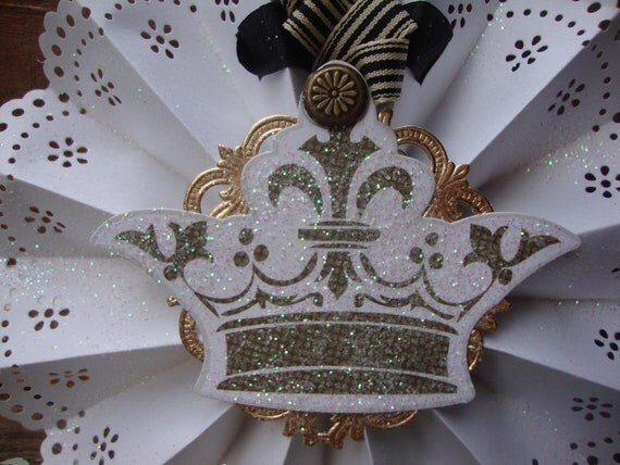 Handmade French Crown Doily Lace Hanging Medallion