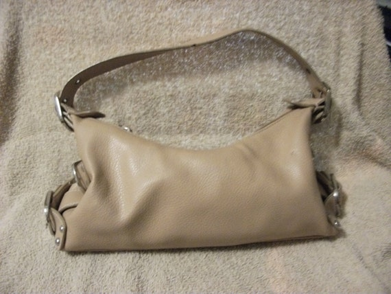 SALE 1/2 Price Vintage Ladies Tan Purse by St John's Bay Shabby Chic Now Only 2 USD