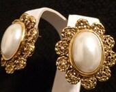 Vintage 80's EXPRESS Victorian Style Pearl Pierced Earrings Wedding Jewelry Bridal Jewelry