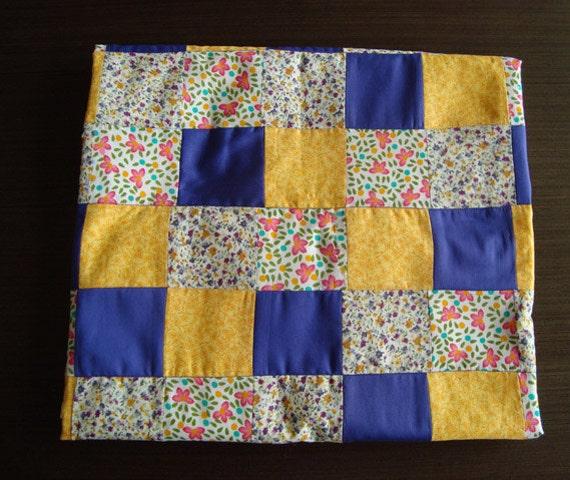 Patchwork baby blanket / Cobija de retazos para bebe