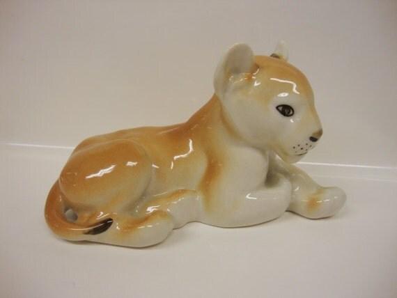 Tawny Cougar Figurine