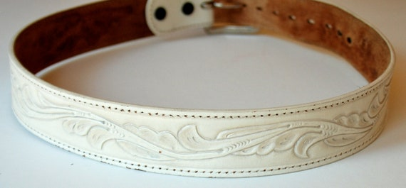 Women's leather belt, tooled or embossed, white with scroll pattern,  medium.