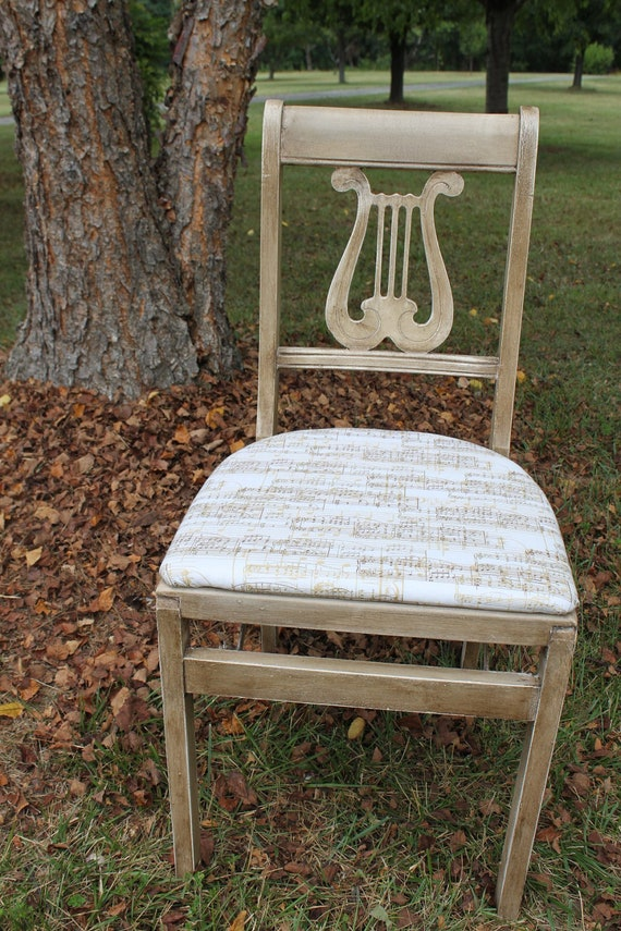 Beautiful Lyre Or Harp Back Musical Influence Folding Chair