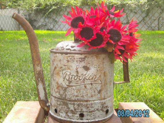 Vintage Fabulous Bigun - Rustic - Gallon Size BROOKINS OIL CAN - Watering Can - Industrial - Garden Decor - Storage