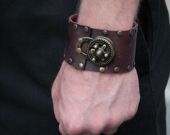 Steampunk Leather Wrist Cuff with Gear Clasp- 7 in. wrist
