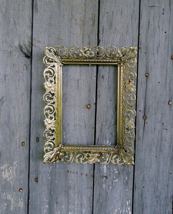 Ornate Brass Picture Frame Vintage Metal Gold Tone White Photo Filigree Home Decor 5 x 7 Wedding Table Setting