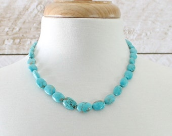 Kingman Turquoise Necklace: Graduated Beads with a Sterling Silver Artisan Clasp