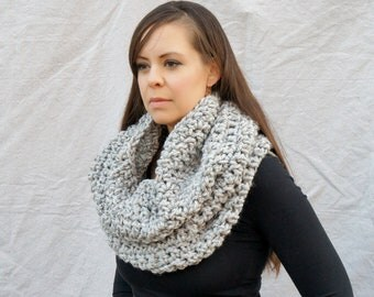 Chunky knit cowl , infinity scarf, tube scarf, winter accessory, scarf, neckwarmer  / Oban Warmer - grey marble