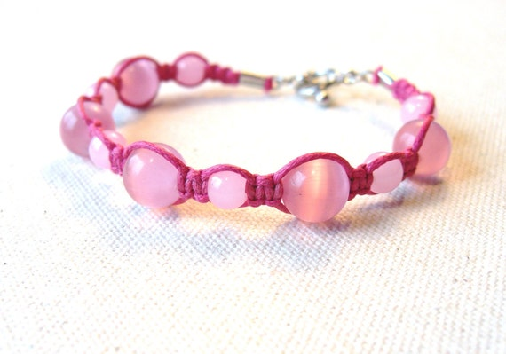 Beaded Macrame Bracelet in Pink