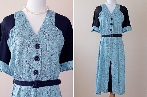 SALE 1940s Dress / 40s Dress // Tea for Two