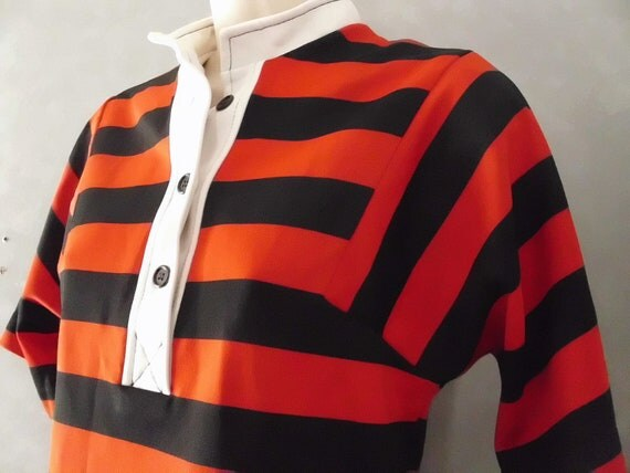 Black and Red Striped Shirt - Vintage Polyester Buttoned Shirt