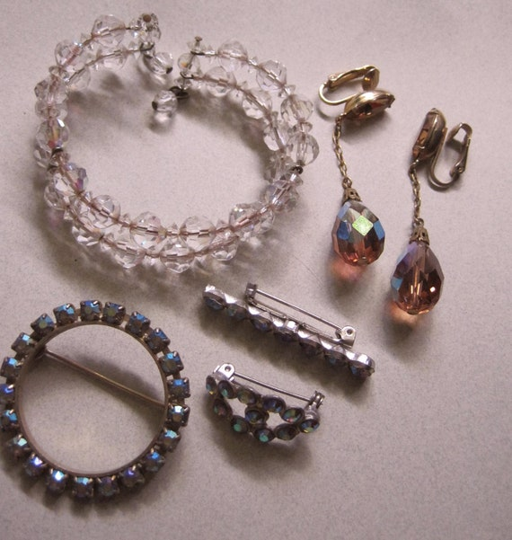 Vintage Aurora Borealis Memory Wire Crystal Bracelet Plus Rhinetones and Crystal Earrings costume jewelry lot blue destash