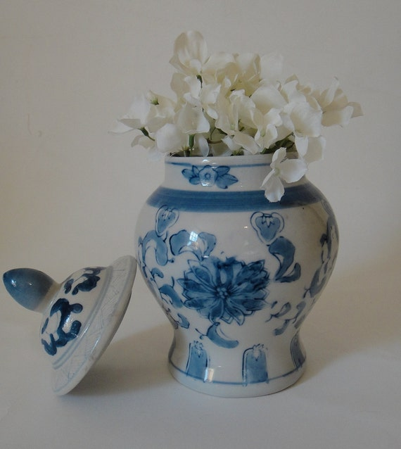 Vintage Asian Ceramic Blue and White Chinoiserie Ginger Jar