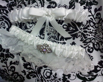 soft lace garter set