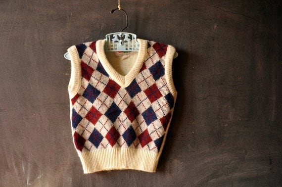 vtg kids vest, size 4, argyle red and navy blue on cream, school prep, by sears