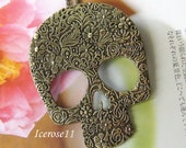 Antique brass big skull necklace (Long chain)