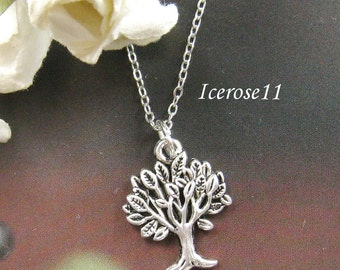 Lovely tree necklace