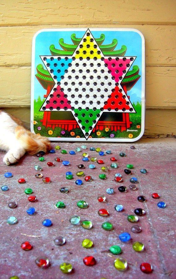 Vintage chinese checkers unusual marbles
