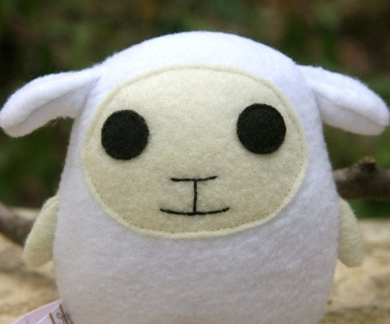Lambegg, lamb sheep plush, white, cream, ivory, stuffed animal, egg shaped Muser