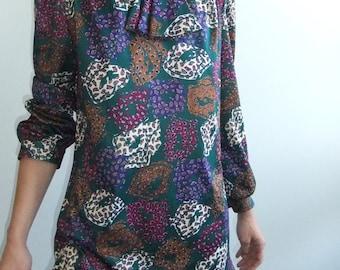 80s ascot shirt dress / ruffle hem / secretary dress