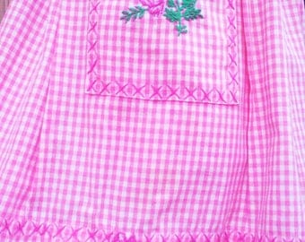 Vintage 1950s Apron/ Pink/ Gingham/ Rockabilly / Housewife/VLV