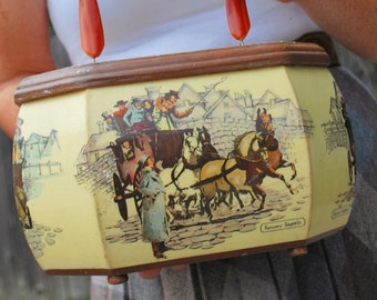 Derby City Pretty 1970s Vintage Anthony Gruerio Victorian Carriage Scene Wood Art Box Purse