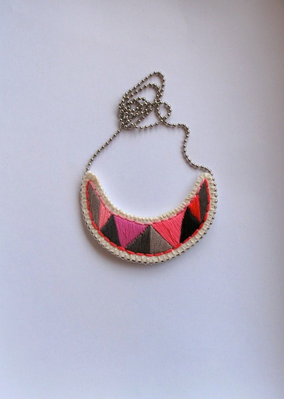 Embroidered pendant necklace crescent shaped in pinks grays and black tribal summer fashion