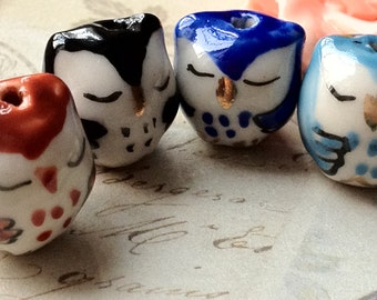 14 x 14 mm Lovely Sleepy Owl Porcelain Beads (.cc)