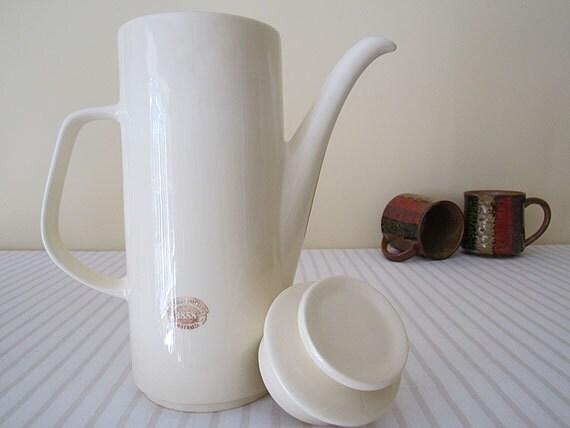 Reserved /// RETRO Mid Century BENDIGO POTTERY coffee pot