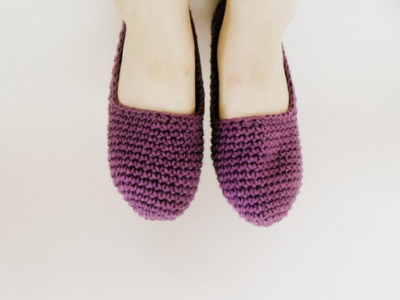 Pretty in Purple: Size Small (5/6) Hand-Crocheted Slipper Mocasins Mad with 100% All-Natural Cotton