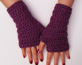 Chunky Pinky Purple Fingerless Crochet Wristwarmers Gloves