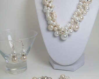 Pearl Cluster Jewelry- White and Off-white bridal jewelry set of necklace, bracelet and earrings, wedding, bridesmaids gift, custom colors