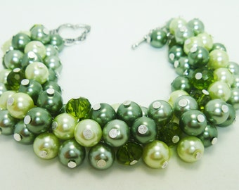 Green Pearl Bracelet, Pearl Bracelet, Chunky Pearl Bracelet, Green Bridal Jewelry, Wedding Bracelet, Autumn Bracelet, Bridesmaids gift.
