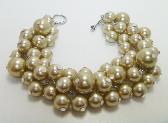 Champagne/Taupe Pearl Cluster Bracelet for weddings, bridal gift, bridesmaids, parties chunky beaded jewelry