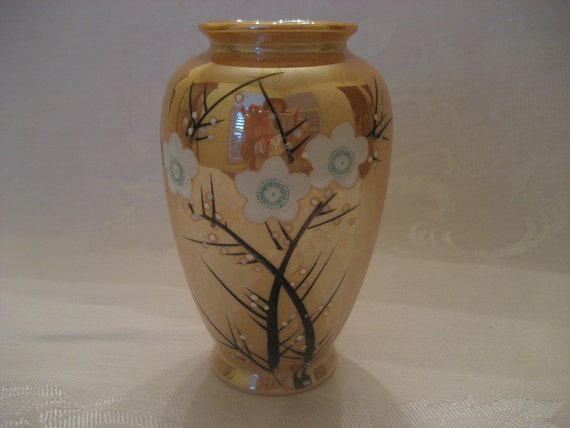 Vintage Gold Lusterware Luster Ware Vase Oriental Asian Japan Hand Painted Flower Floral Design