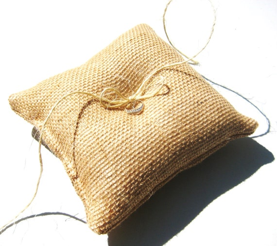 Burlap Ring Bearer Pillow, Rustic, Burlap, Country Wedding, Barn Wedding, Fall Wedding, Bridal Party, Eco Wedding