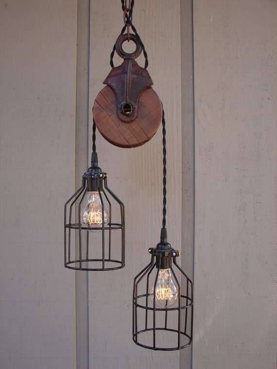 Industrial pulley pendant light - Lamparas colgantes rusticas ...