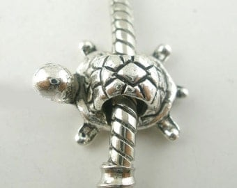SALE 5 Silver Turtle Beads - Antique Silver - Charm Beads - Fits European Bracelets - 19x13mm  - Ships IMMEDIATELY from California - B122