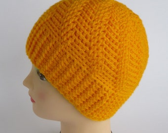 Instant Download Crochet PDF Pattern - Unisex spiral-cabled hat. Three sizes.