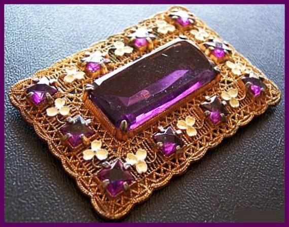 """Edwardian Rhinestone Brooch Pin Purple Glass & White Enamel Flowers Gold Metal 2.5"""" VG"""
