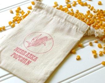 Popcorn Wedding Favor Bags - Set of 100. Cotton Muslin Drawstring Bags. Popcorn Bags. Wedding Favors. Wedding Reception. Popcorn Bar.