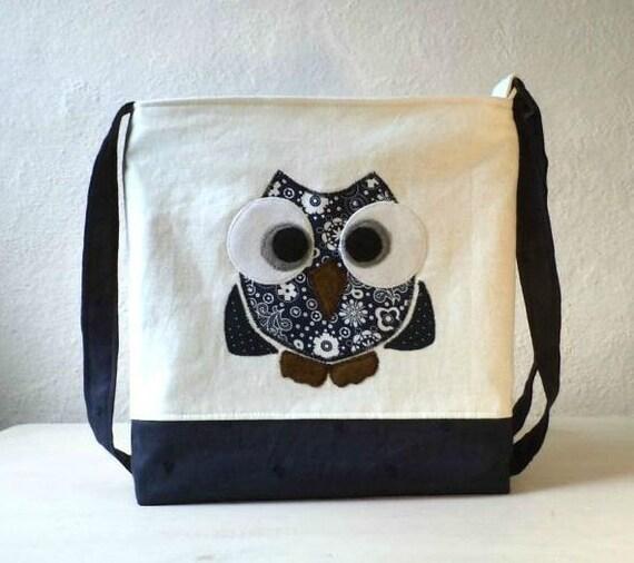 "Vegan Crossbody, Mini Messenger bag. Tote bag,Owl Applique ""Rocko"" navy and white linen.Made To Order."