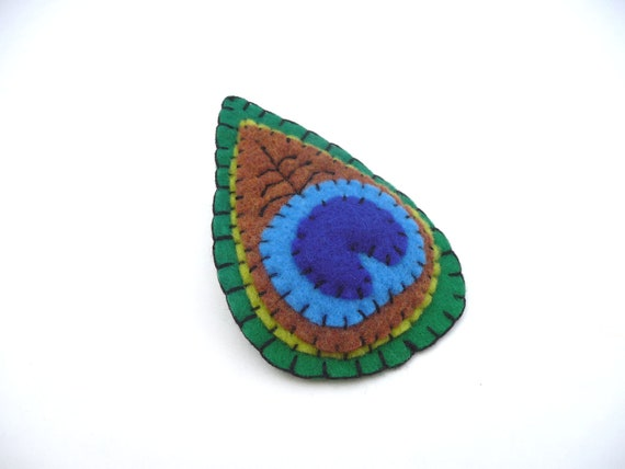 Peacock feather Boho sewn brooch