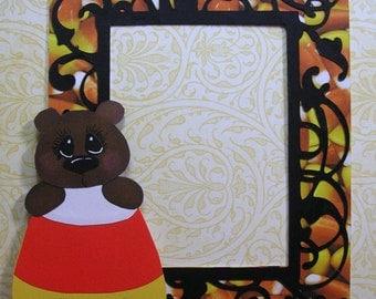 Halloween Candy Corn Bear Frame, Hand cut Paperpiecing, Embellishment, Scrapbook, Cards