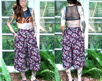 Vintage // Funky Abstract Gaucho Shorts // Harem Skirt Gypsy // Small 1970's Hippie Pants