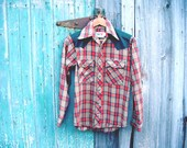 vintage wranglers western button down red green plaid flannel shirt small medium