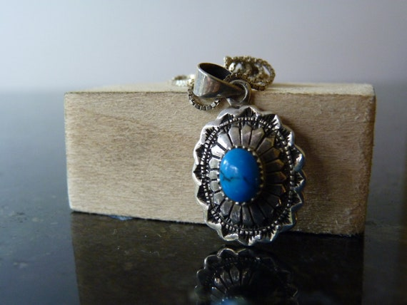 SALE Vintage Silver Native American Style Dainty Necklace with Turquoise Stone Unique Setting Pendant