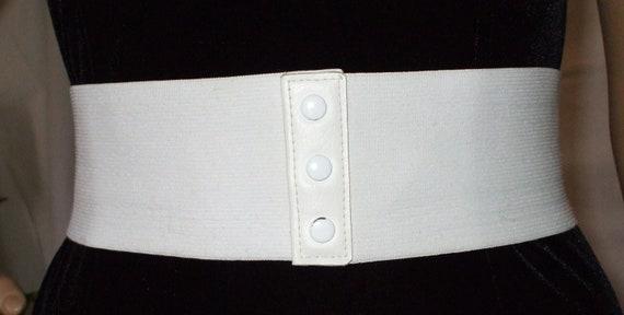wide white elastic belt vintage 1970s