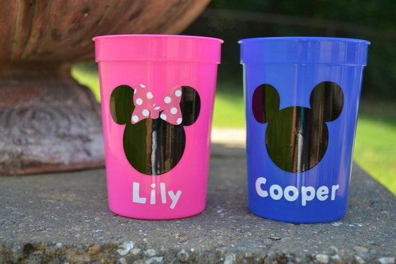 10 personalized Mickey or  Minnie Mouse party favor cup