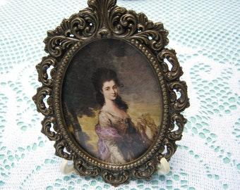 Vintage - Print Metal Picture Frame with Picture of Girl.